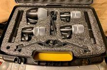 7 microfoni Shure per batteria
