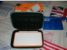Nintendo 2ds xl bianco e arancione