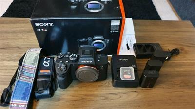 Sony A7R IV (ILCE-7RM4) nuova